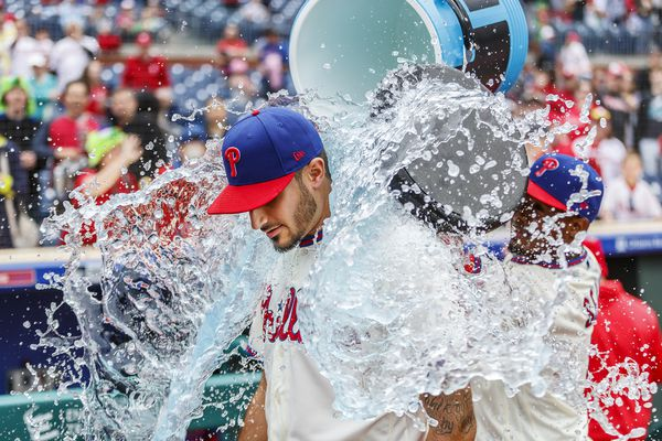 Zach Eflin goes the distance in Phillies' 5-1 win over Marlins