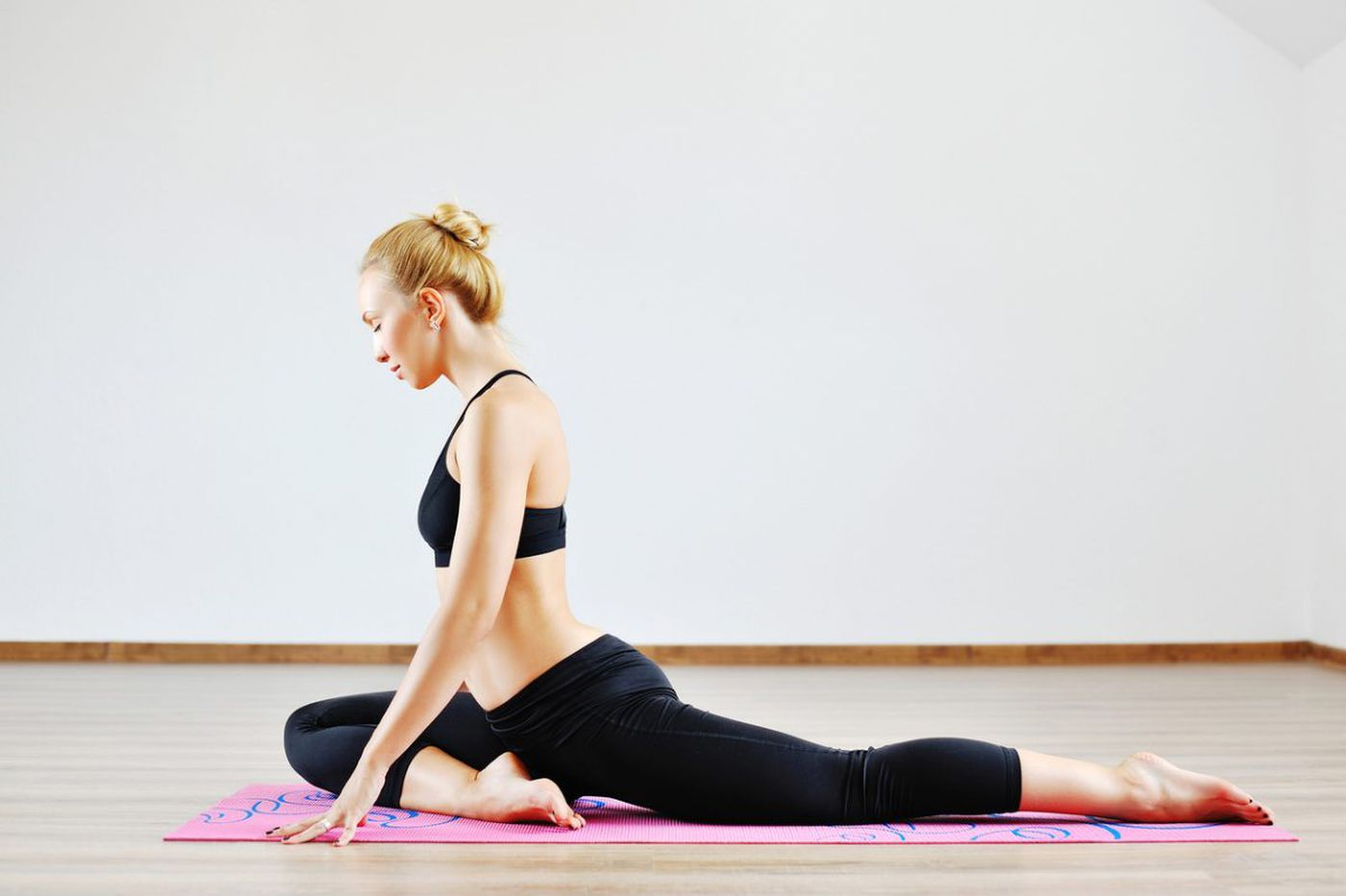 An integrative stretching plan to combat tight hips