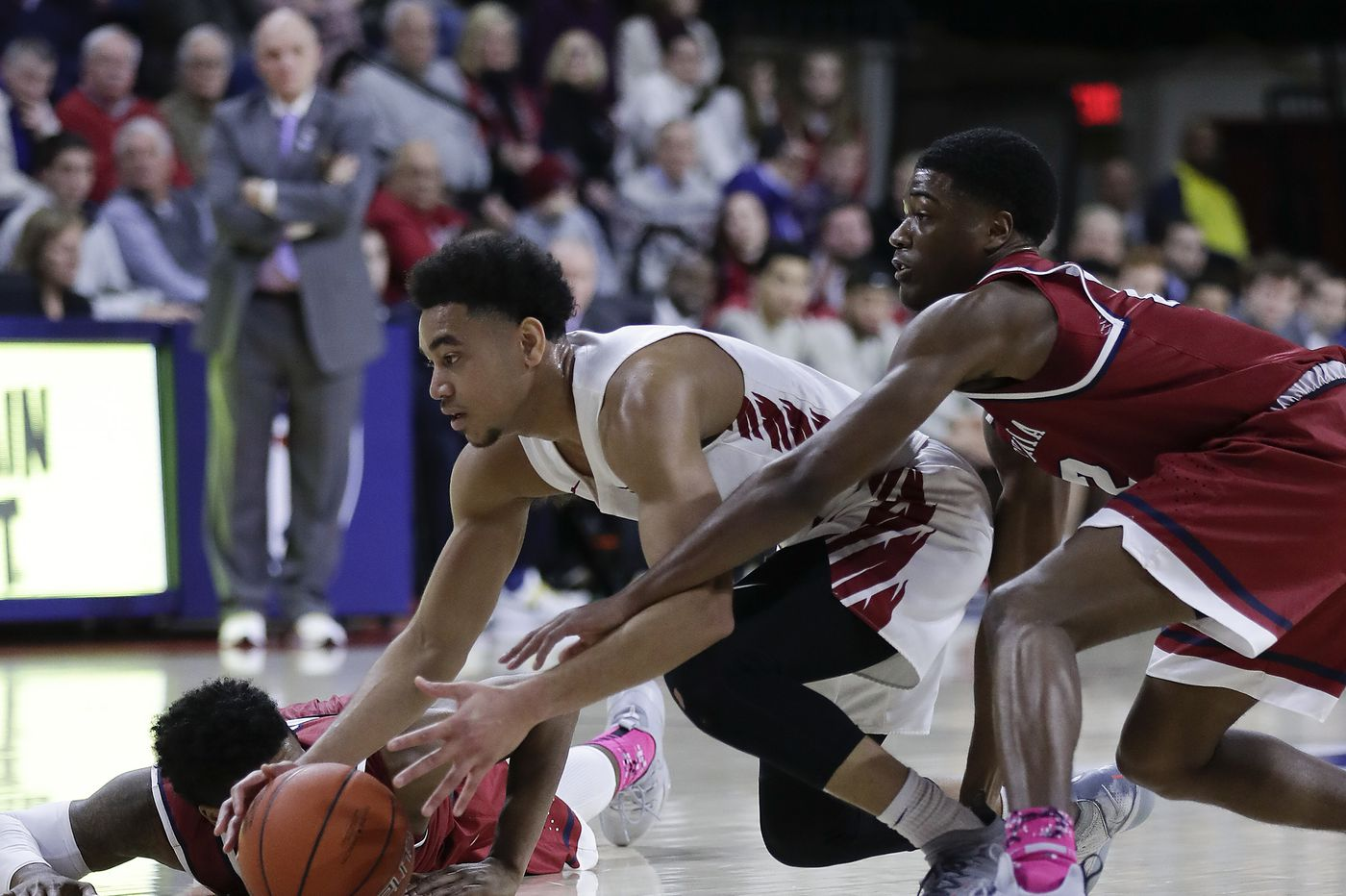 St. Joseph's guard Jared Bynum says he will enter transfer portal following coaching change