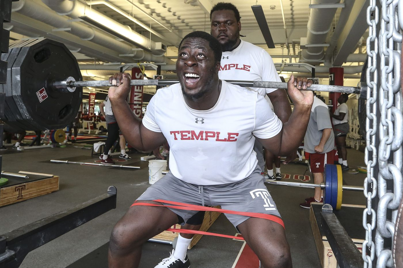 The day Temple DT Michael Dogbe joined the 500 pound club