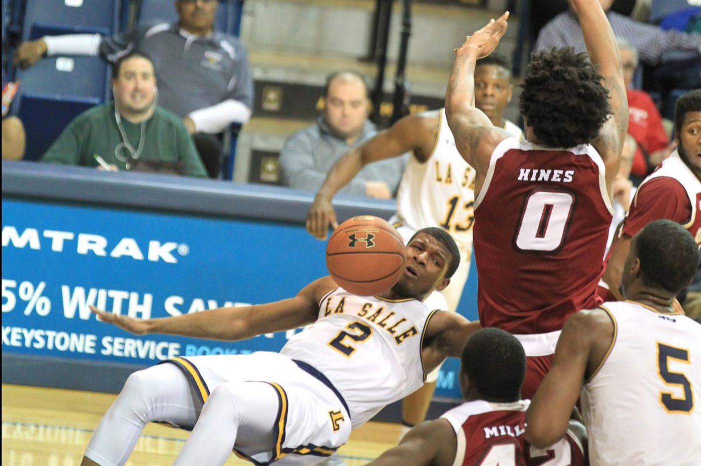 Amar Stukes ties career high in points as La Salle tops Massachusetts