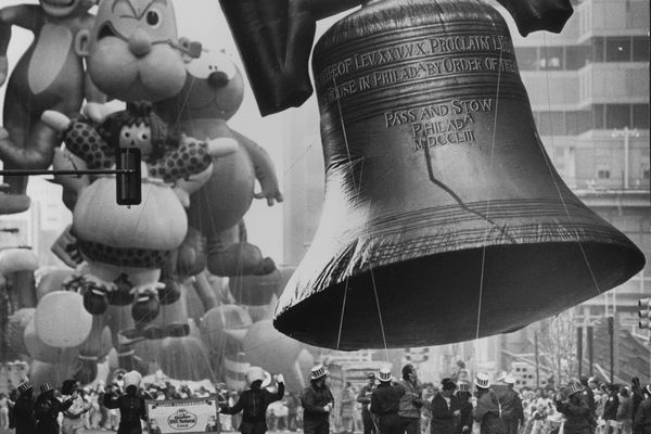 From Gimbels to Gritty: Looking back on a century of Thanksgiving Day parades in Philadelphia