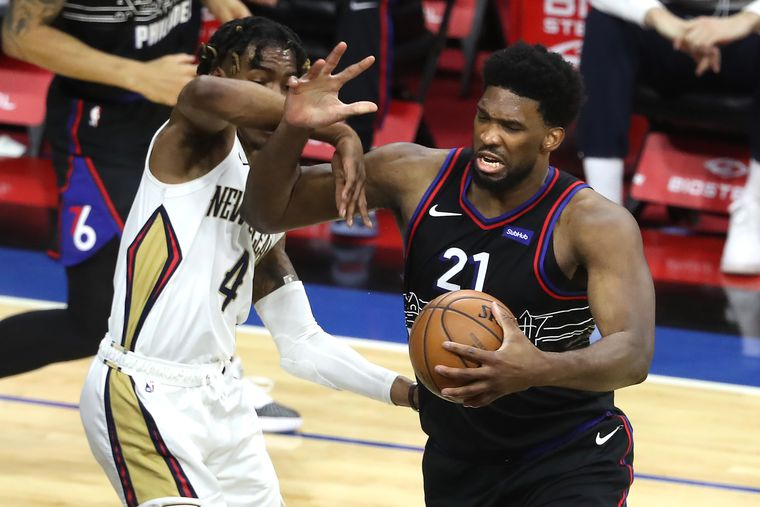 Sixers squeak past undermanned Pelicans, 109-107, extend lead over Nets to three games