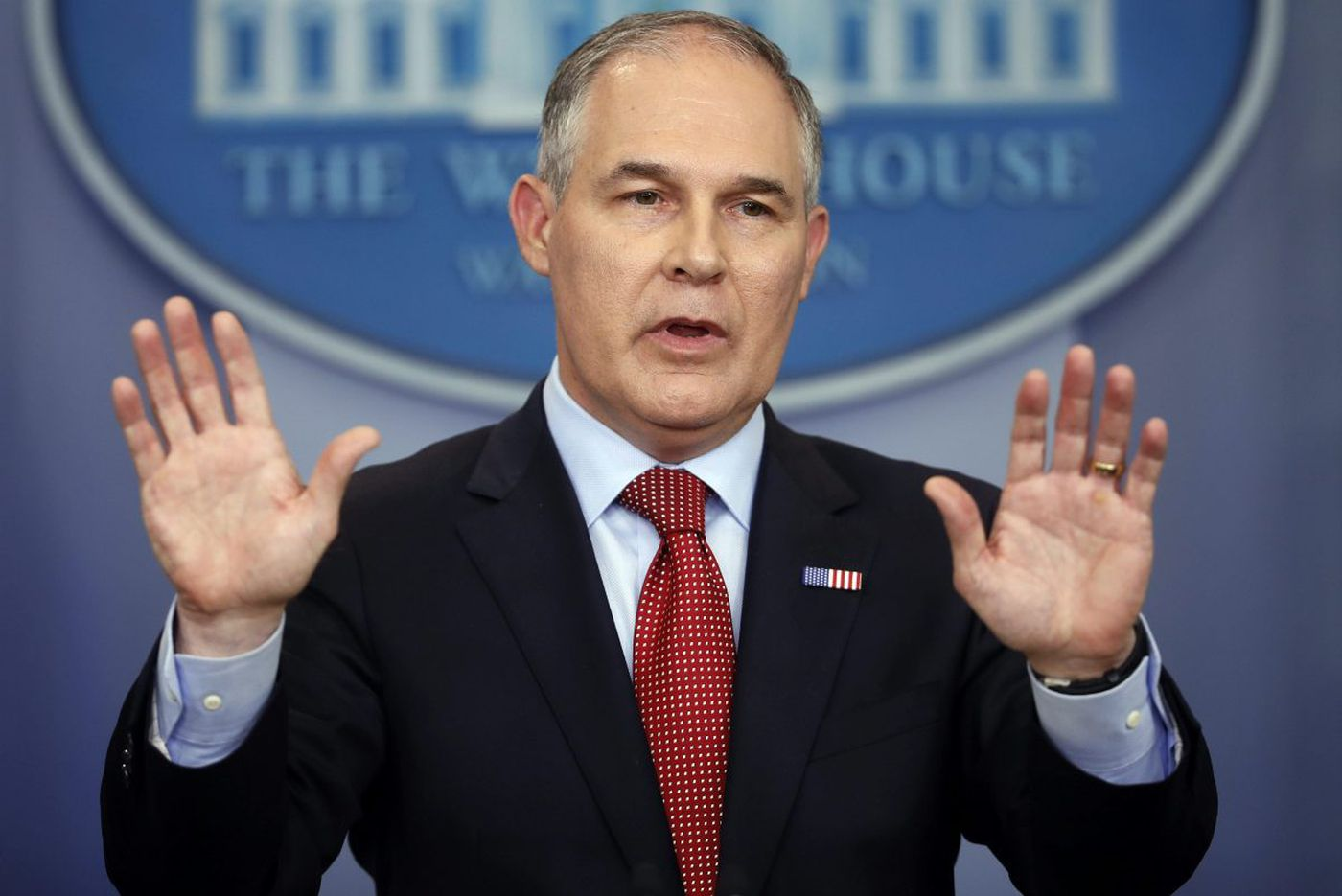 Scott Pruitt's $43,000 soundproof phone booth violated spending laws, federal watchdog finds