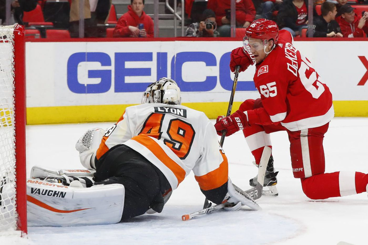 Flyers must end poor starts if they hope to make the playoffs
