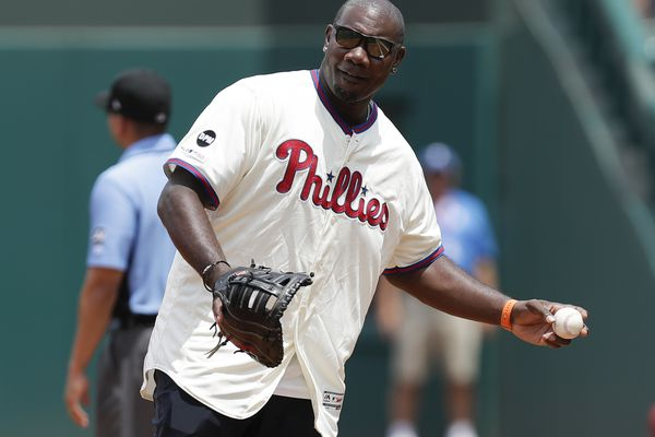 Ryan Howard returns to Phillies as guest instructor for spring training
