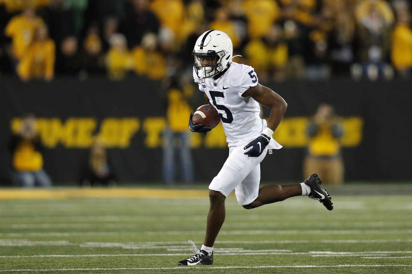 Most of Penn State's wide receivers are struggling with consistency and confidence
