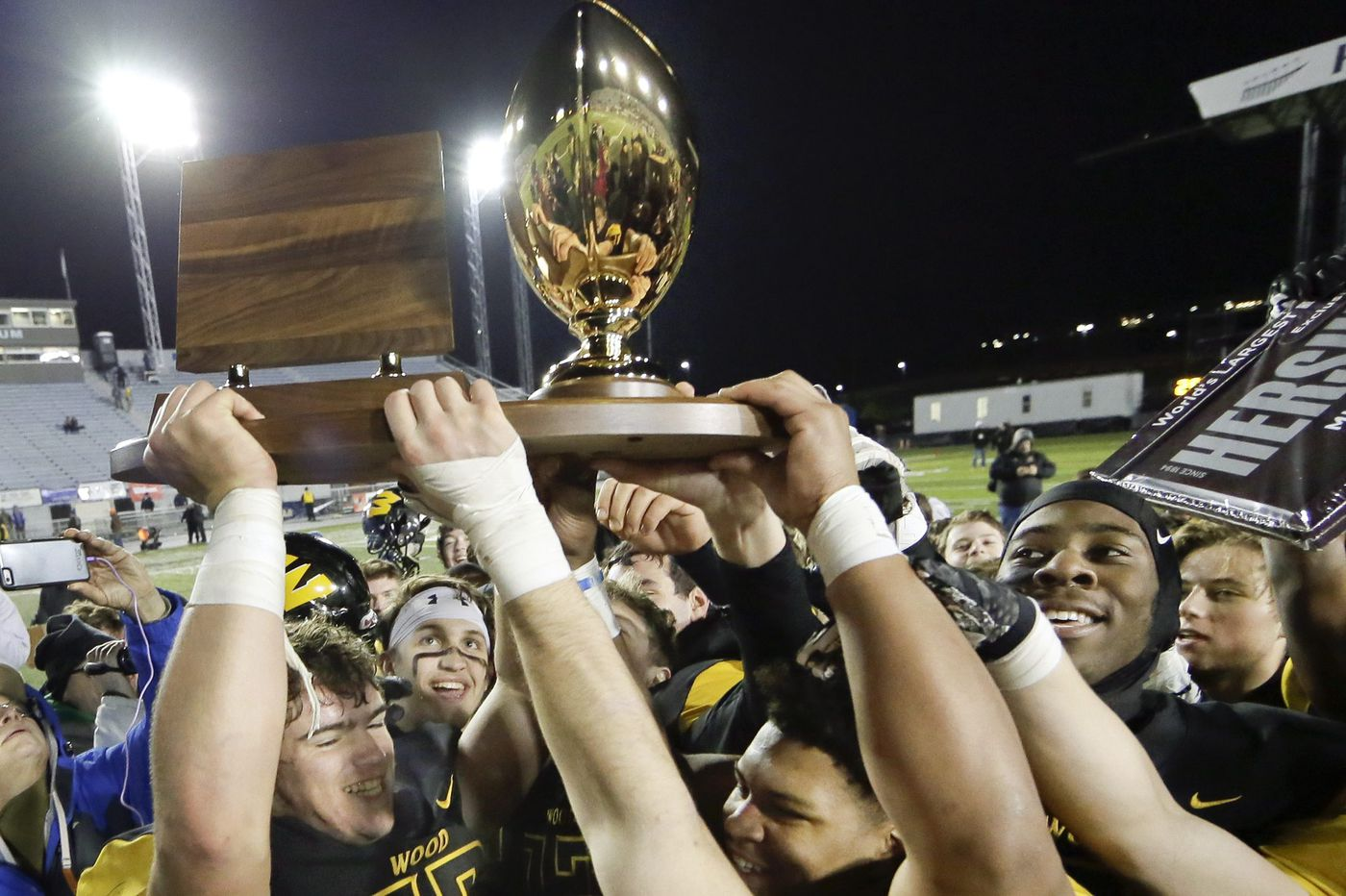 Archbishop Wood looks to win sixth state title   Training camp preview