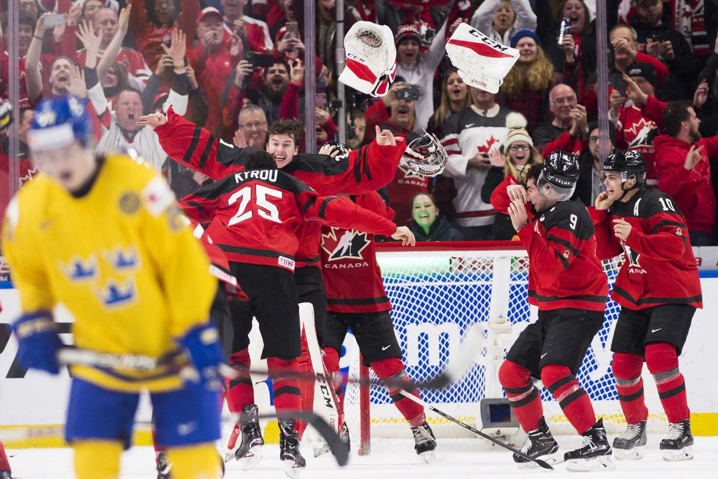 Catching up with Flyers prospect Carter Hart who just led Canada to a rousing gold medal