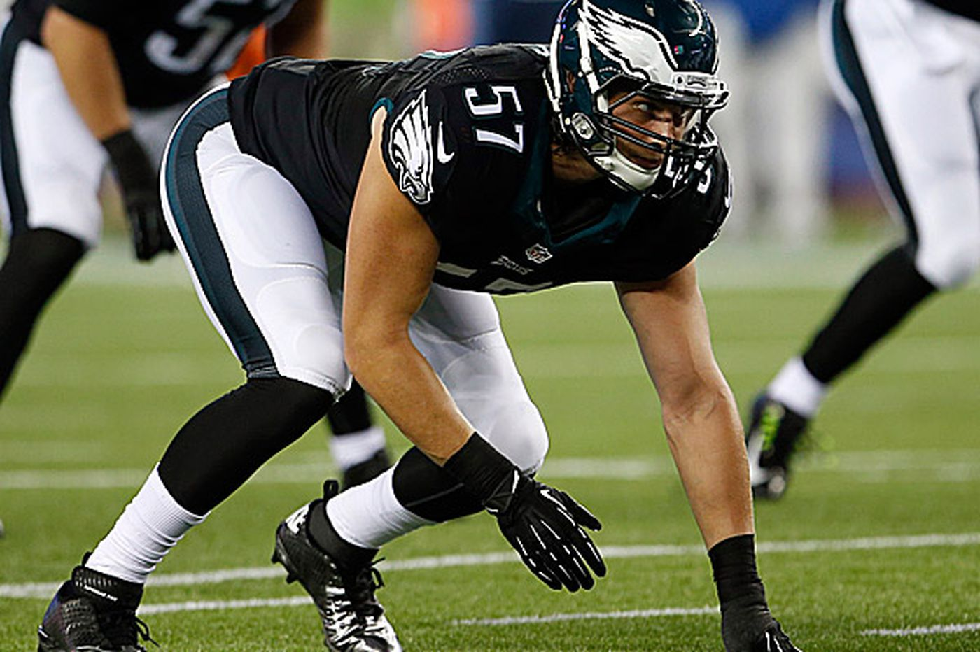 Loss of Long puts pressure on two other Eagles linebackers