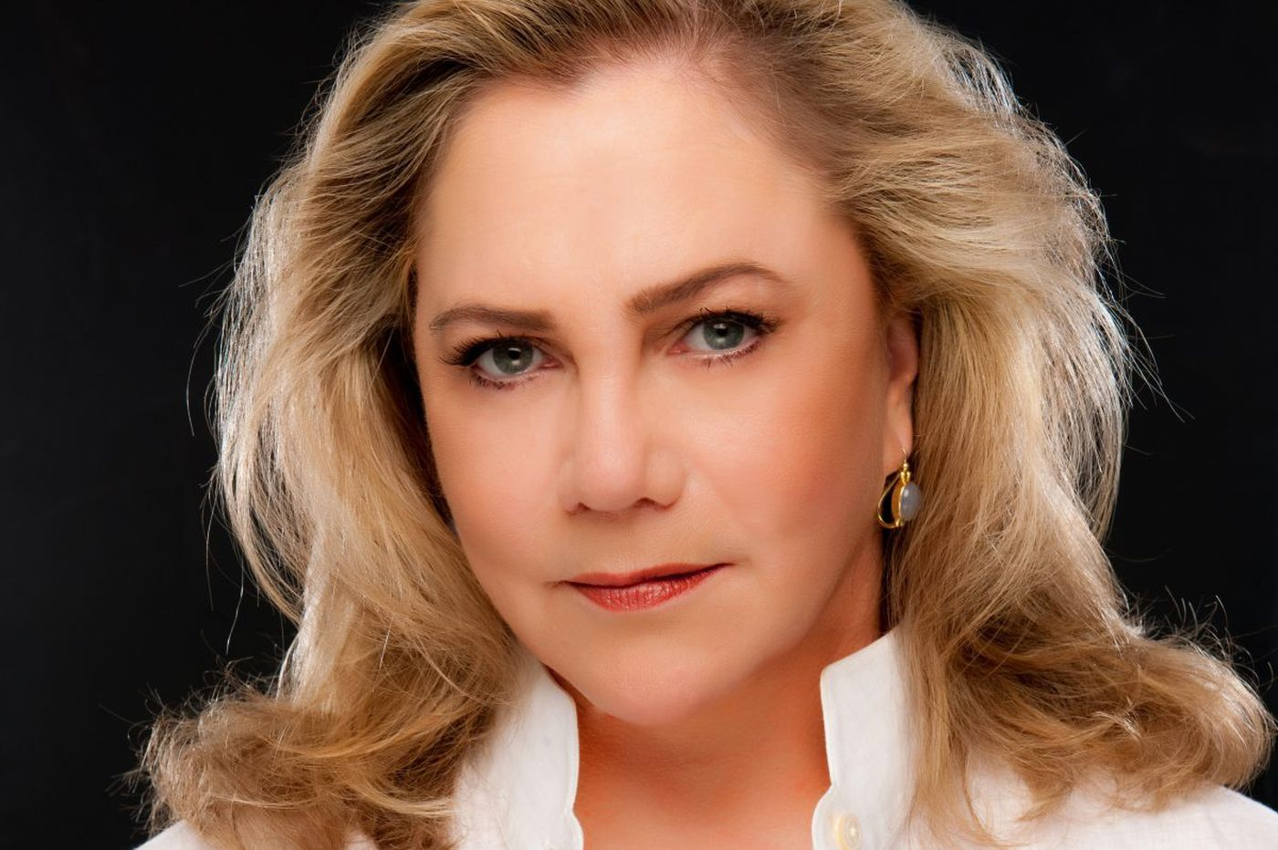Kathleen Turner waited 40 years to sing her heart out, but she'll give it a whirl Monday in Philly