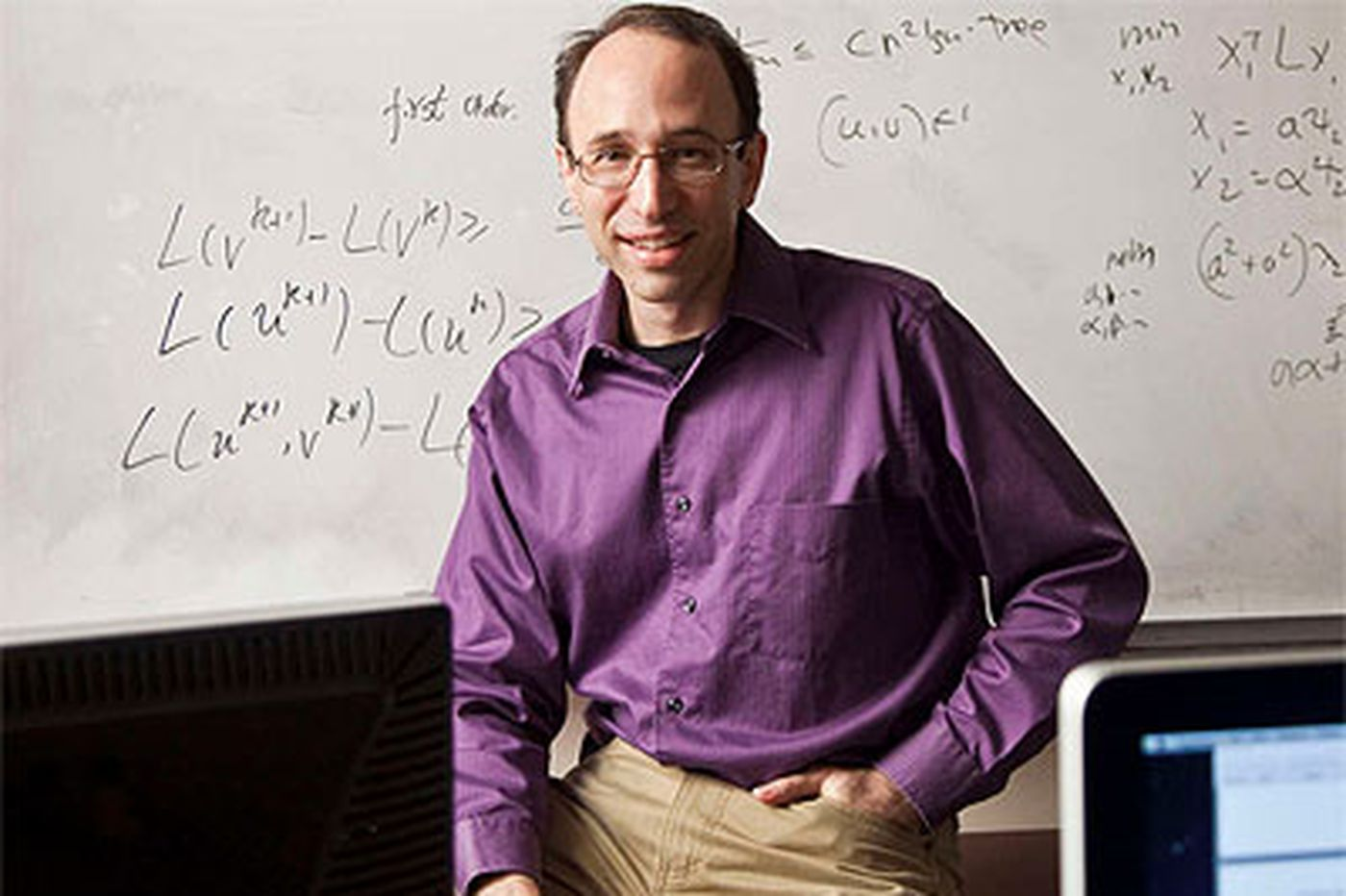 A mathematician and computer scientist with area ties wins a MacArthur fellowship