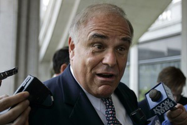Rendell likes Evans but won't endorse