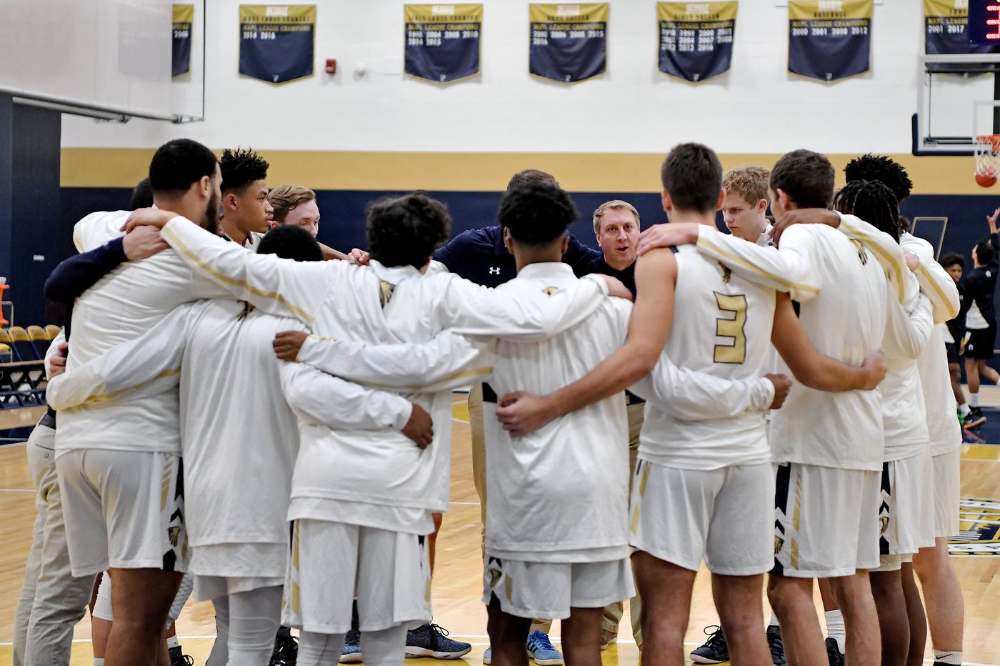 Thursday's South Jersey roundup: Lorenzo Repack scores 33 in Northern Burlington win