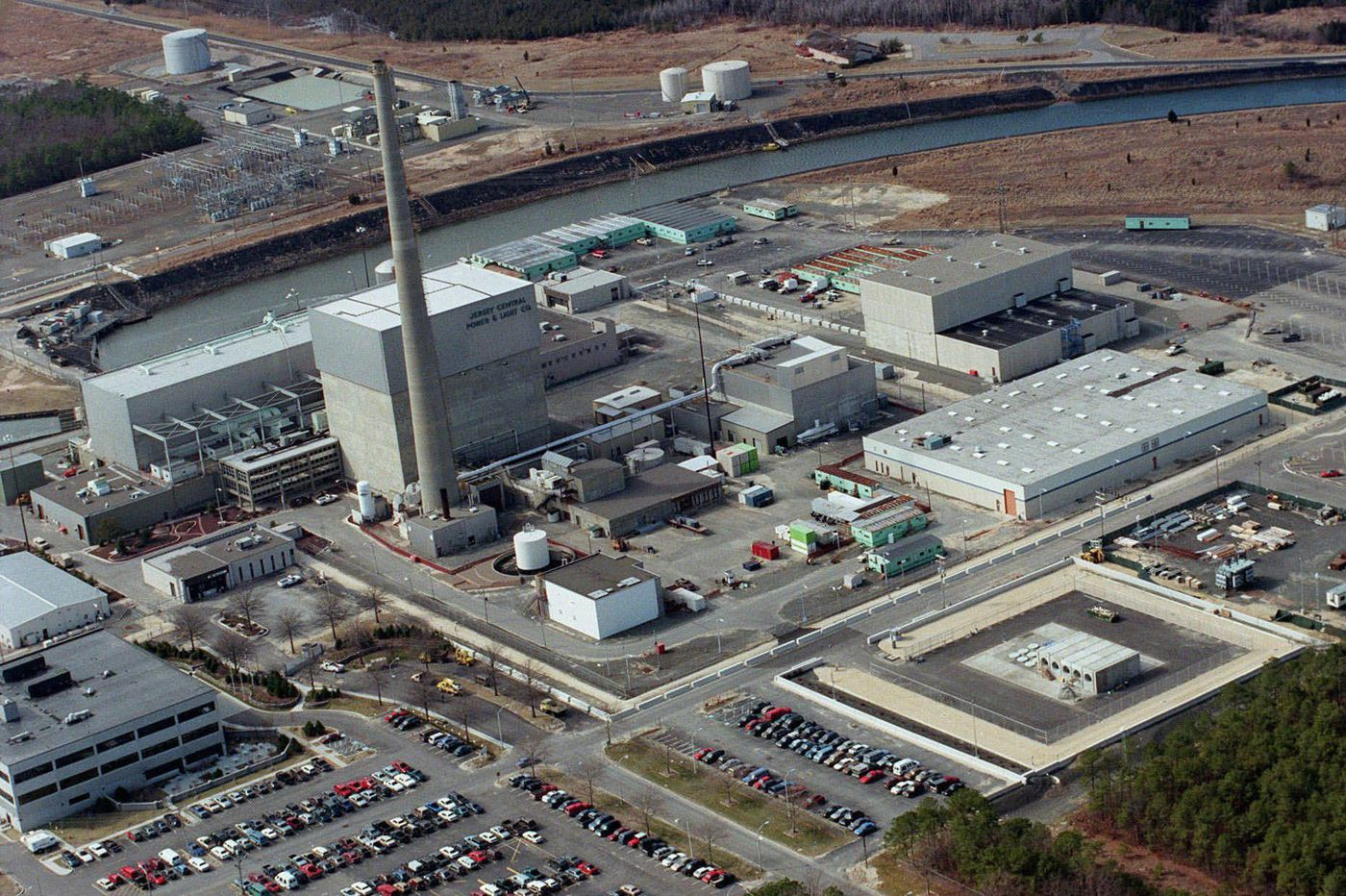 Holtec International buying Exelon's Oyster Creek nuclear plant, speeding decommissioning