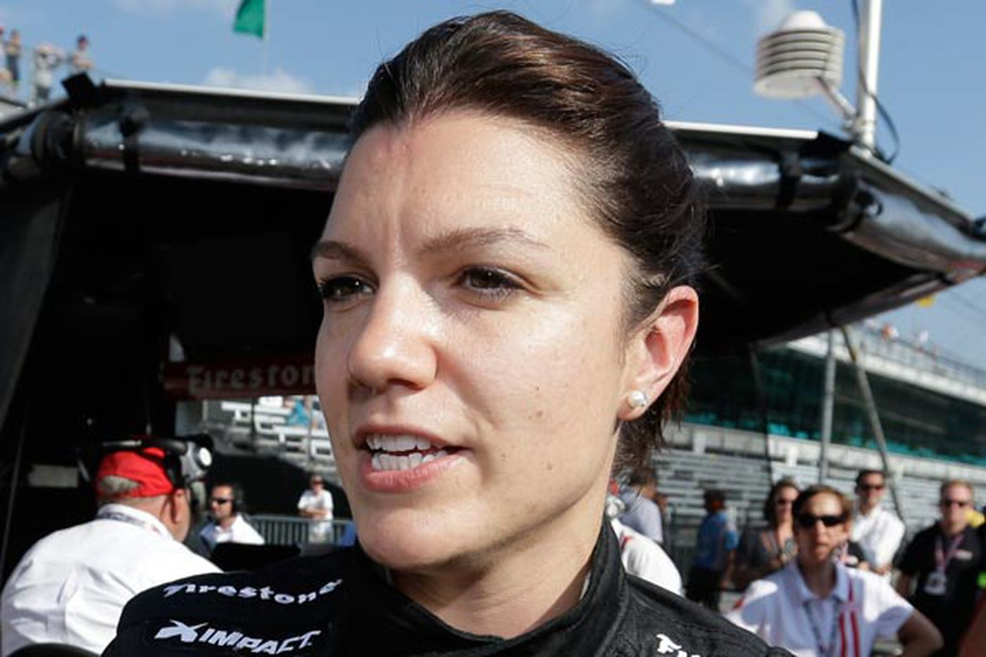 Four women to start in Indy 500, tying record
