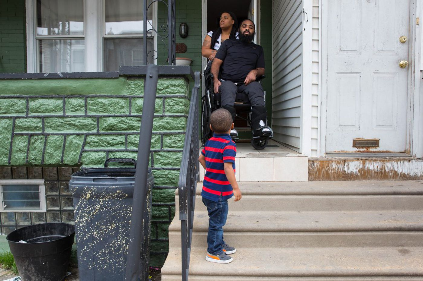 Readers to the rescue of a Philly father paralyzed while protecting a group of children | Helen Ubiñas