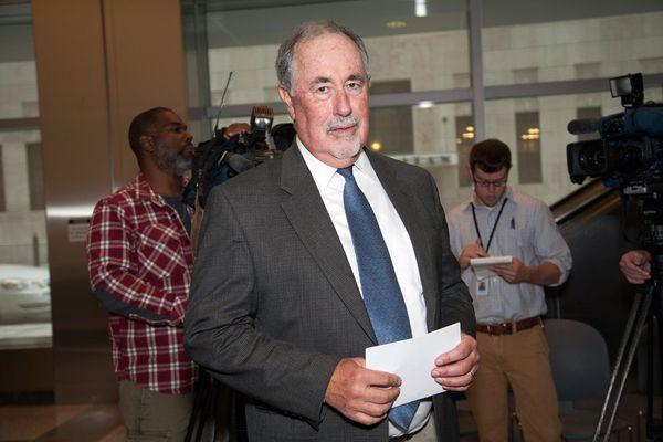 Sen. Williams calls for Justice Eakin's resignation
