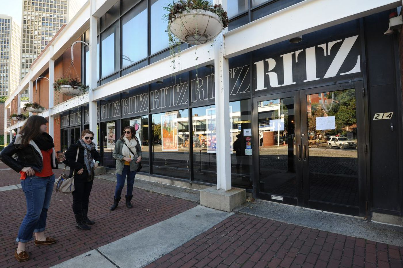 Coming soon to the Ritz: Amazon ownership? Maybe, report says.
