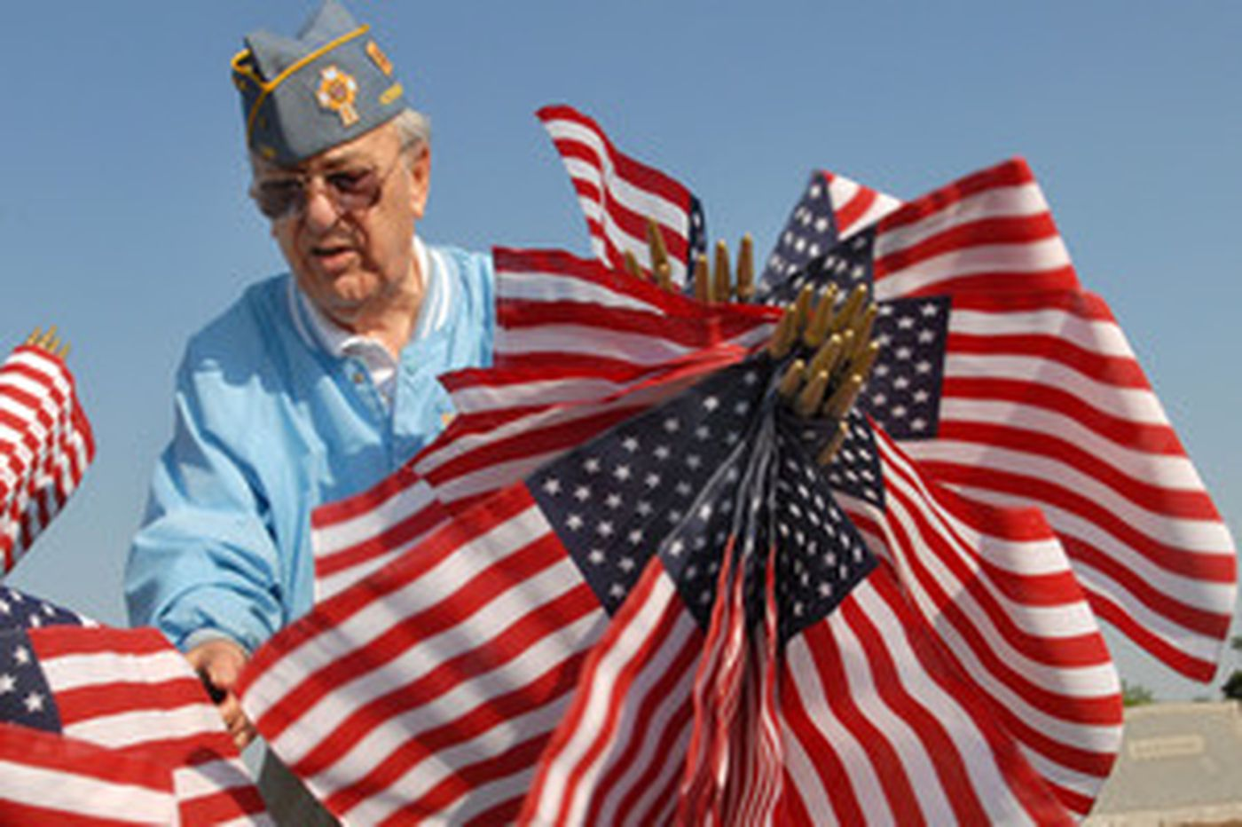 As Memorial Day approaches, new rules govern flags on veterans' graves