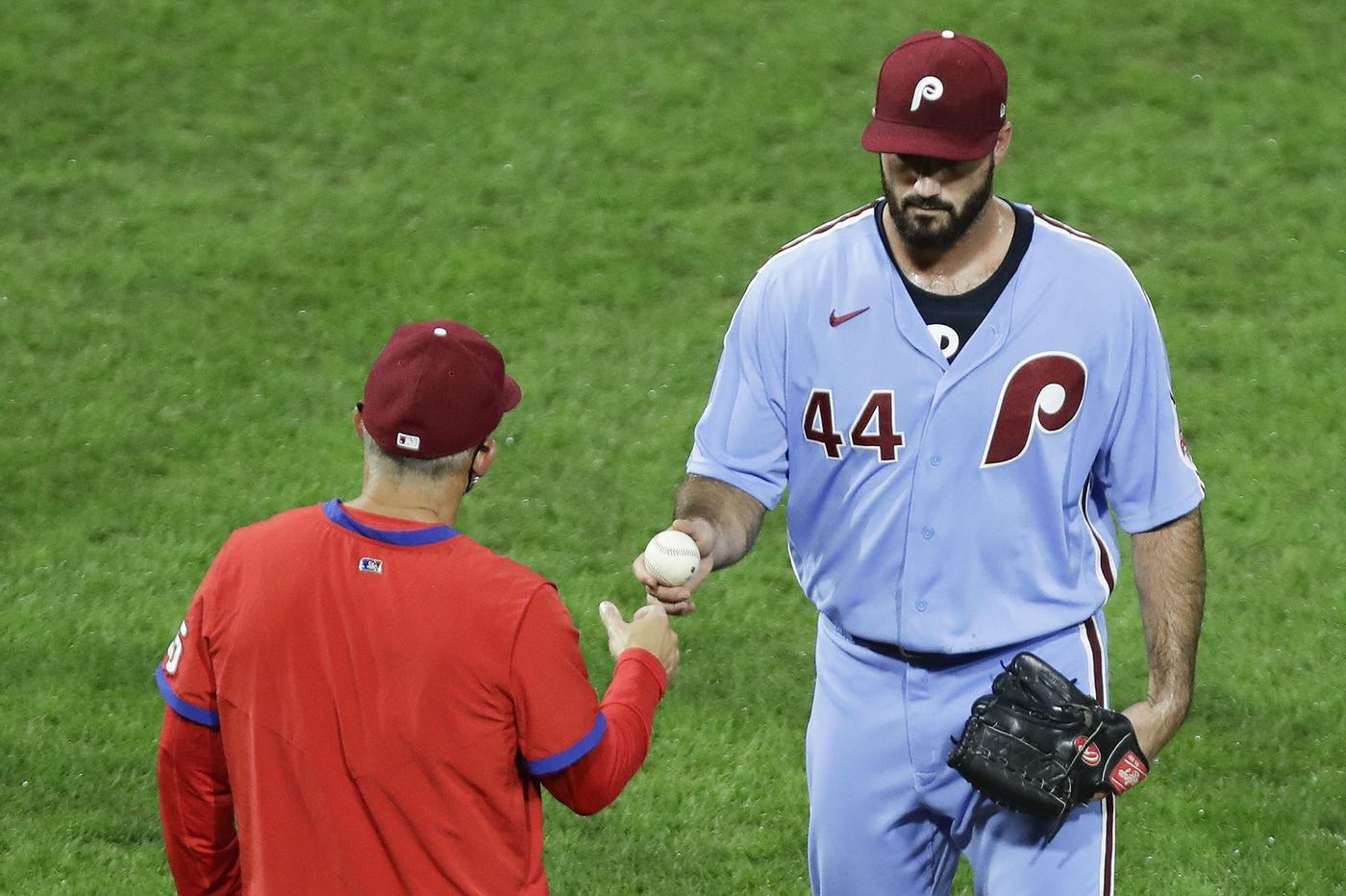 Bryce Harper homers twice, but bullpen blows it again as Phillies lose to Mets, 10-6, and fall below .500