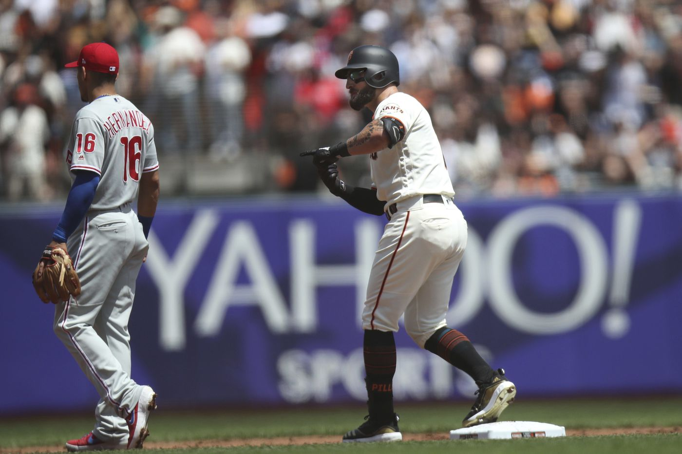 Phillies' disappearing offense gets shushed once again in another loss to Giants