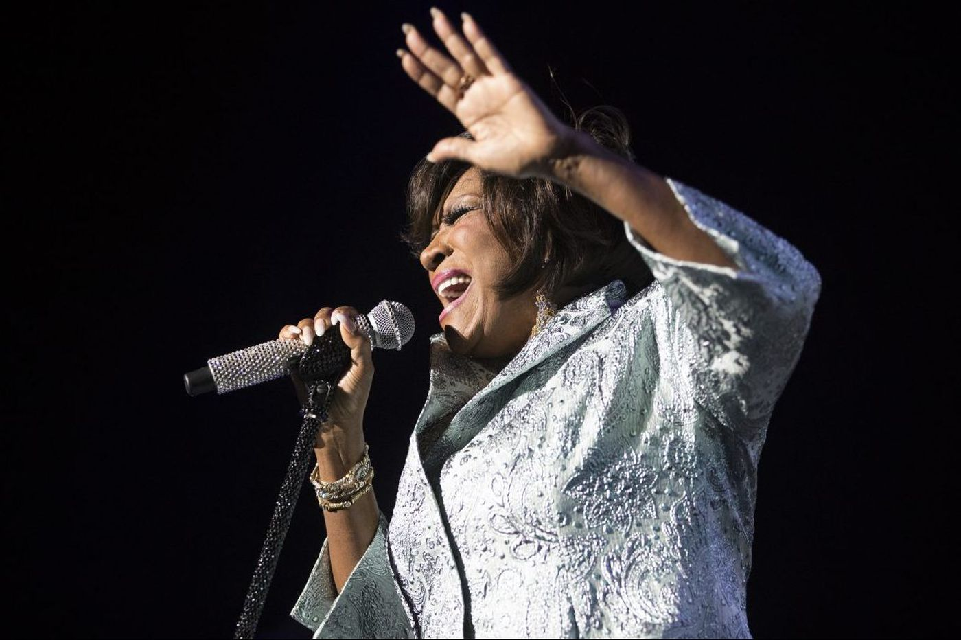 Patti LaBelle dedicates 'You Are My Friend' to Aretha Franklin during Dell Music Center performance
