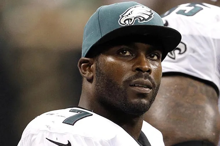 The Eagles have longer than three days after the Super Bowl to decide if they want to keep Michael Vick without having to pay a guaranteed $3 million. (Ron Cortes/Staff file photo)