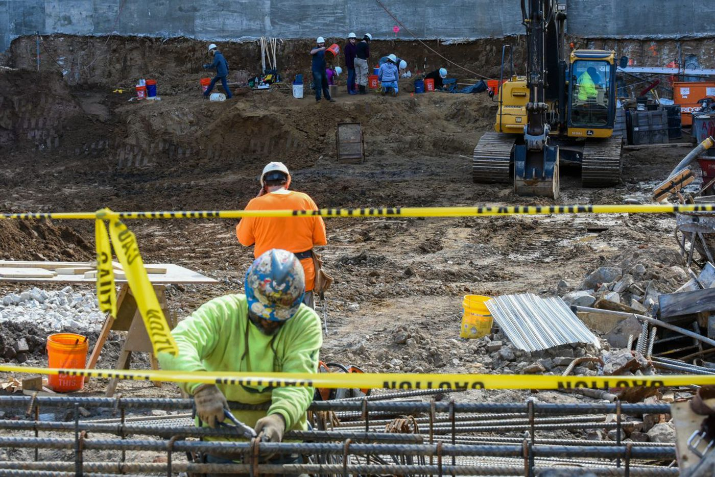 More bones reported at Arch Street site; city declines to halt construction