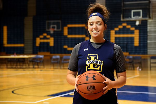 75 pairs of sneakers? La Salle's Kate Hill heads into junior season on solid footing | College basketball preview