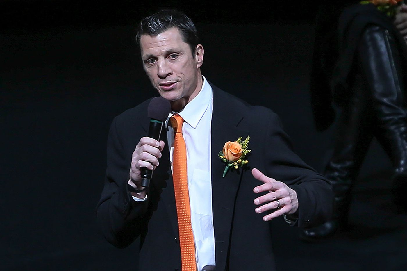 Brind'Amour: 'Flyers fans never forget'