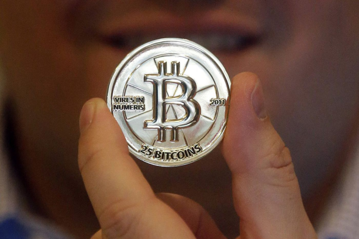 U.S. to sell off seized bitcoin