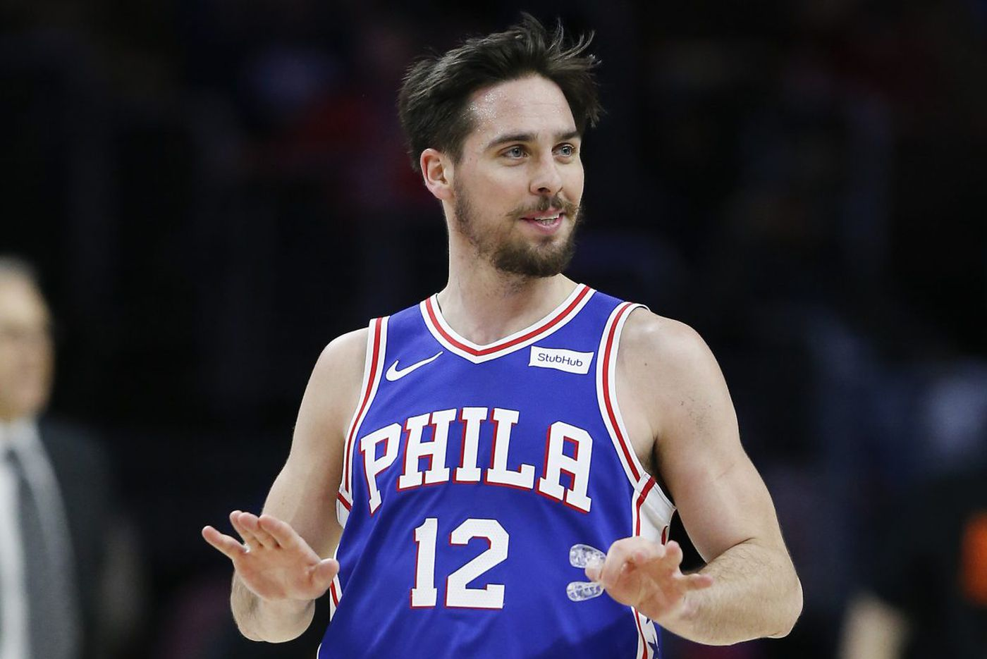 T.J. McConnell, Dario Saric lead Sixers to gritty win over Knicks