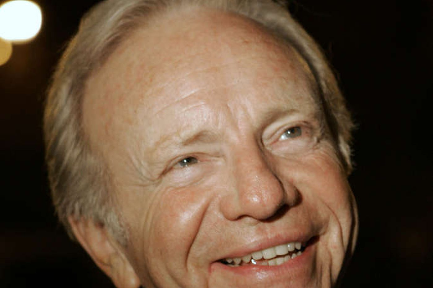 Lieberman predicts fall over cliff