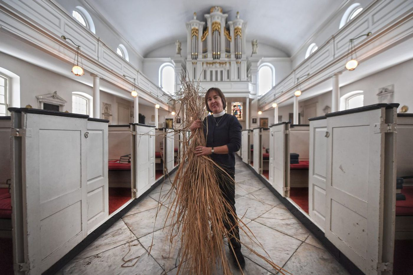 Palm-free Palm Sunday: a green Philly church opts for local grasses