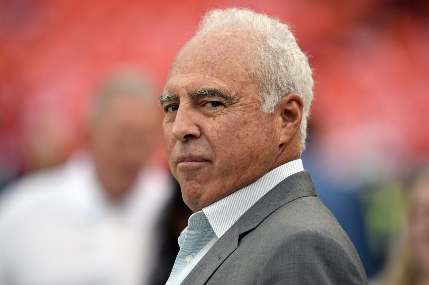 Eagles owner Jeffrey Lurie responds to Trump; Malcolm Jenkins calls on fans to lock arms