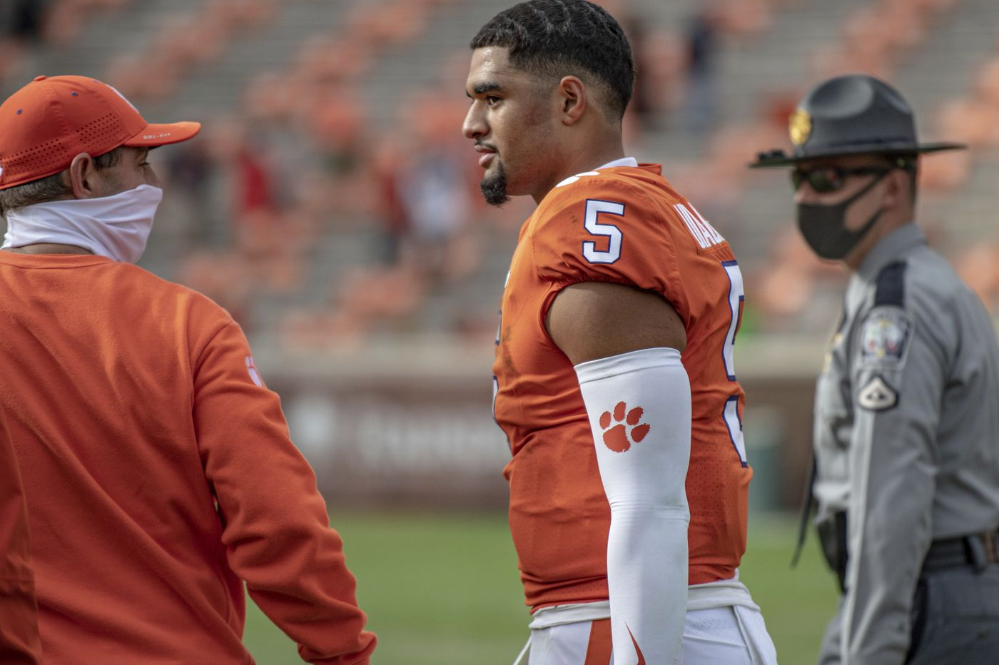 Clemson vs. Notre Dame highlights college football weekend upended by two Pac-12 cancellations due to COVID-19