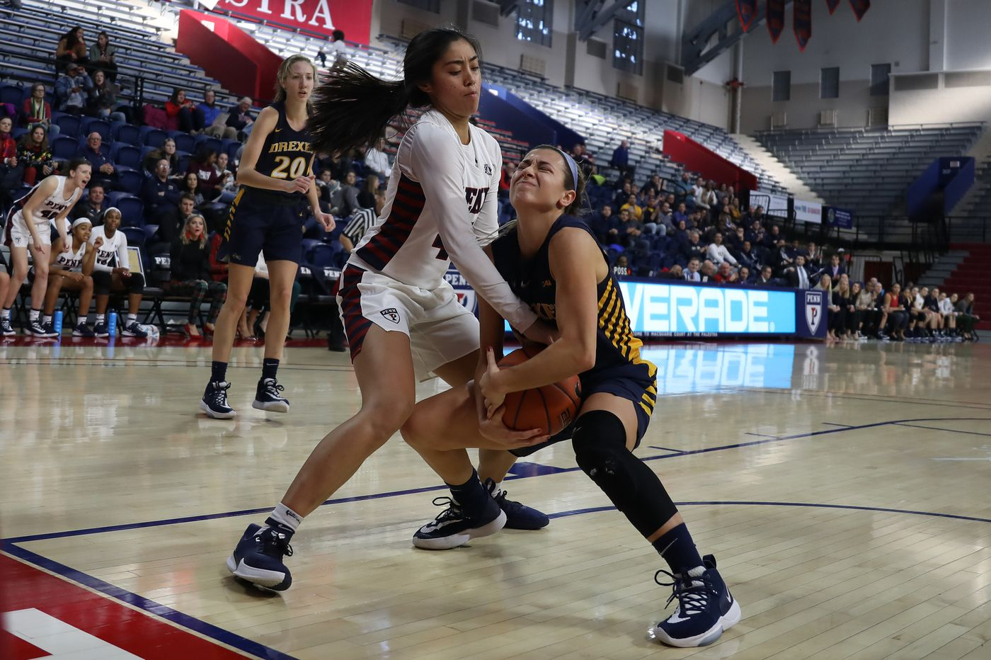Maura Hendrixson leads Drexel to 61-34 CAA win over UNC-Wilmington