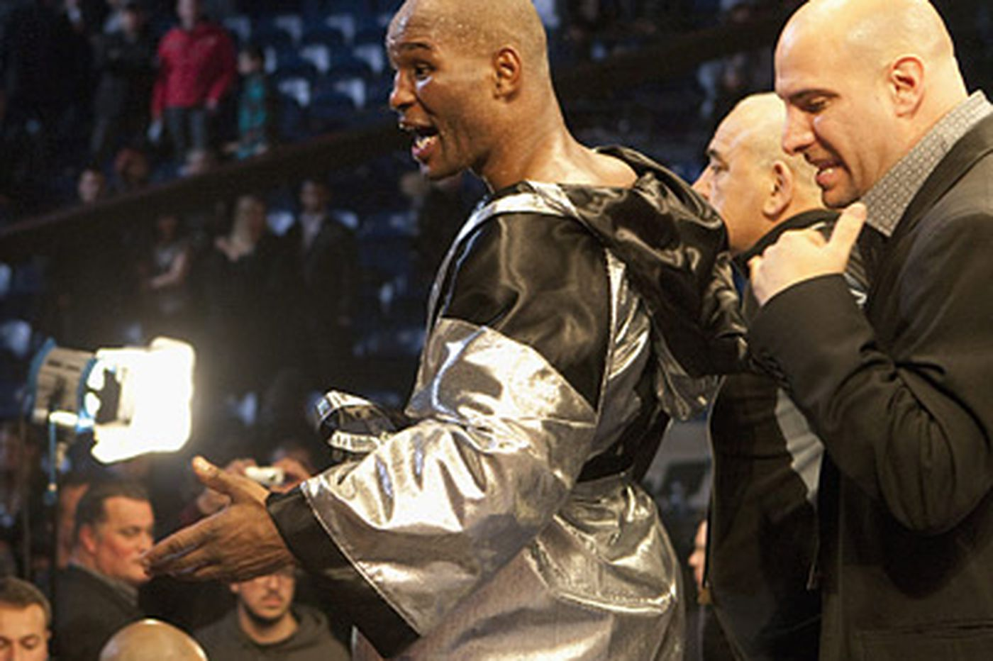 Bernard Hopkins fights back to earn a draw