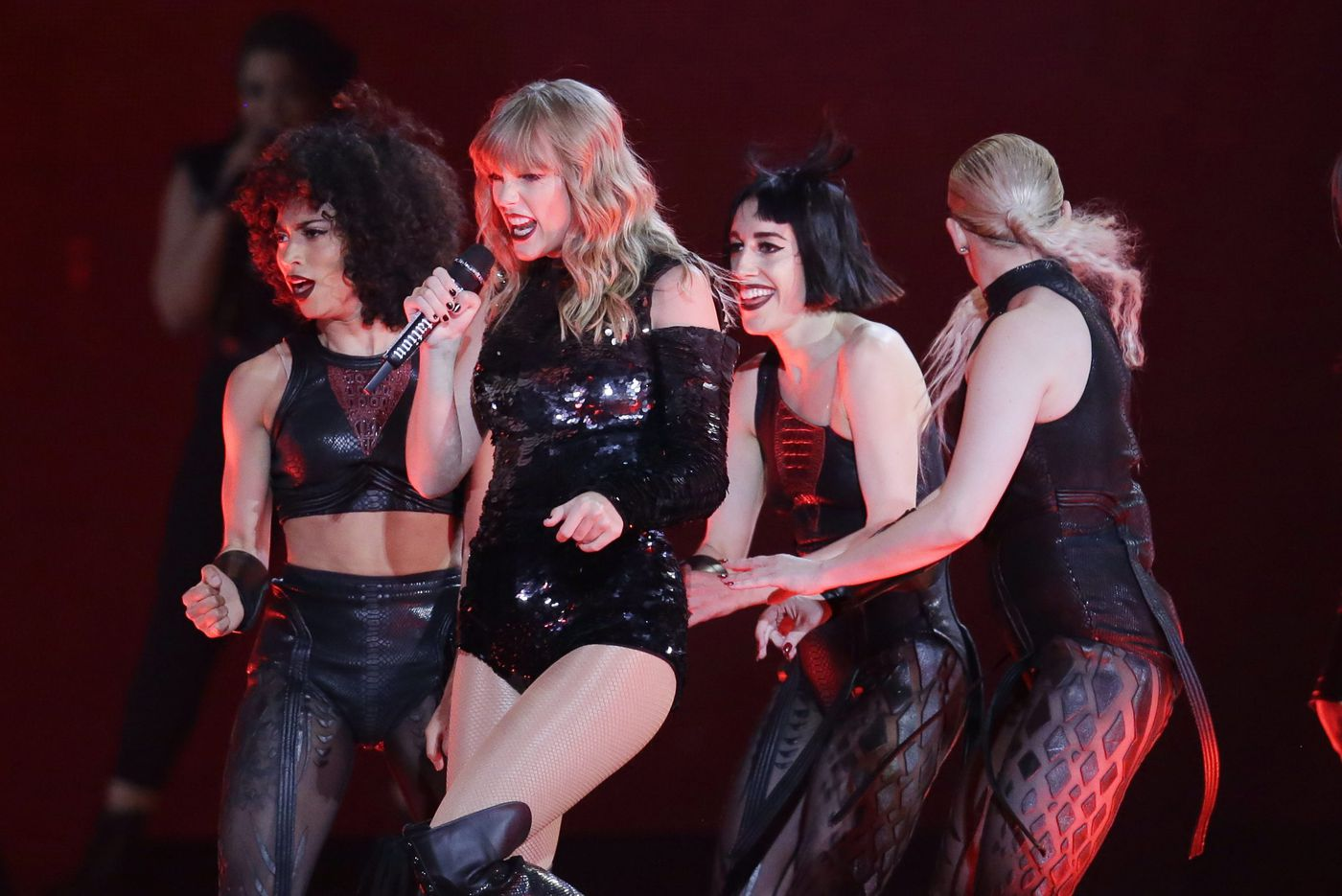 Taylor Swift, $1 Crab fries, and other great events in Philadelphia, July 13-20