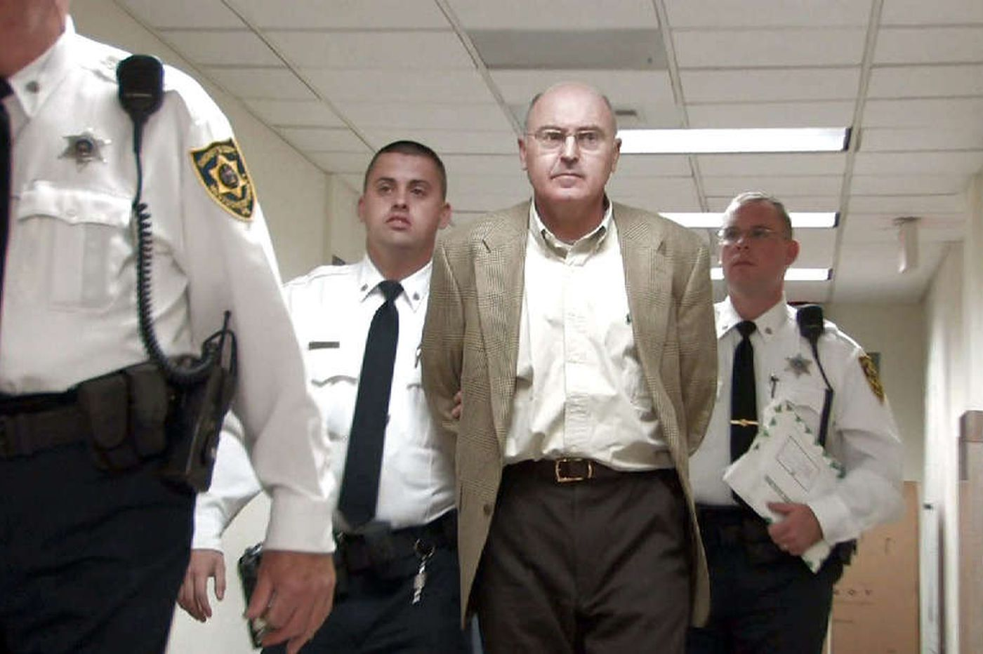 'There's no way he should leave the country:' Prosecutors, victim's family oppose Upper Merion wife-killer Rafael Robb's request to travel to Israel