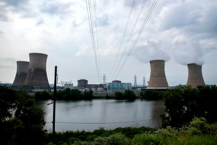 Exelon announced plans Friday for decommissioning the Three Mile Island Unit 1 reactor after shutdown in September. The plans call for the dismantlement of the iconic cooling towers in 2074, and final site restoration in 2079-2081. CLEM MURRAY / Staff Photographer