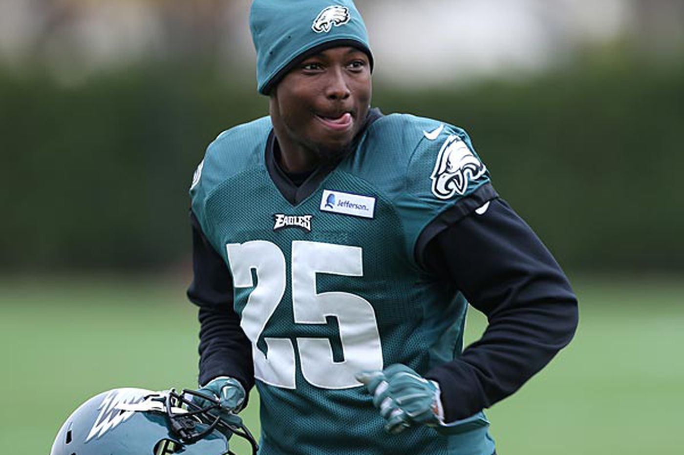 Eagles need McCoy to carry them over Packers