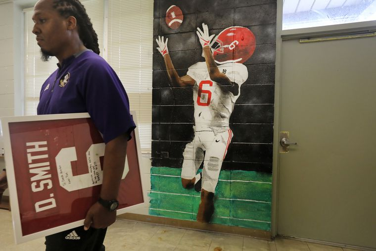 DeVonta Smith's character was forged from his mom's values in a tiny Louisiana town