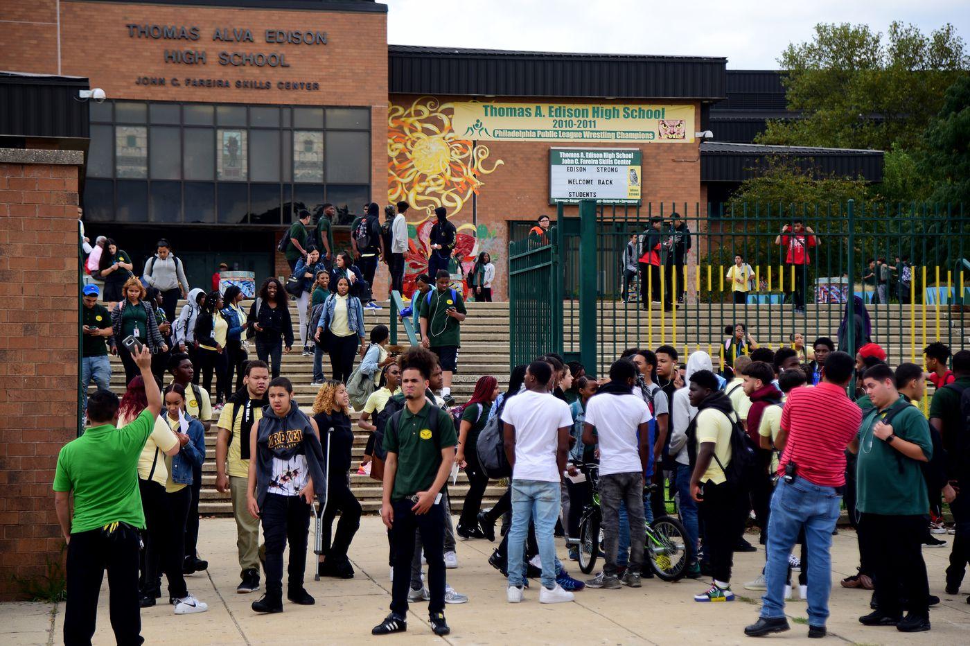 Esta escuela secundaria de Filadelfia revela graves problemas de asistencia en el distrito educativo