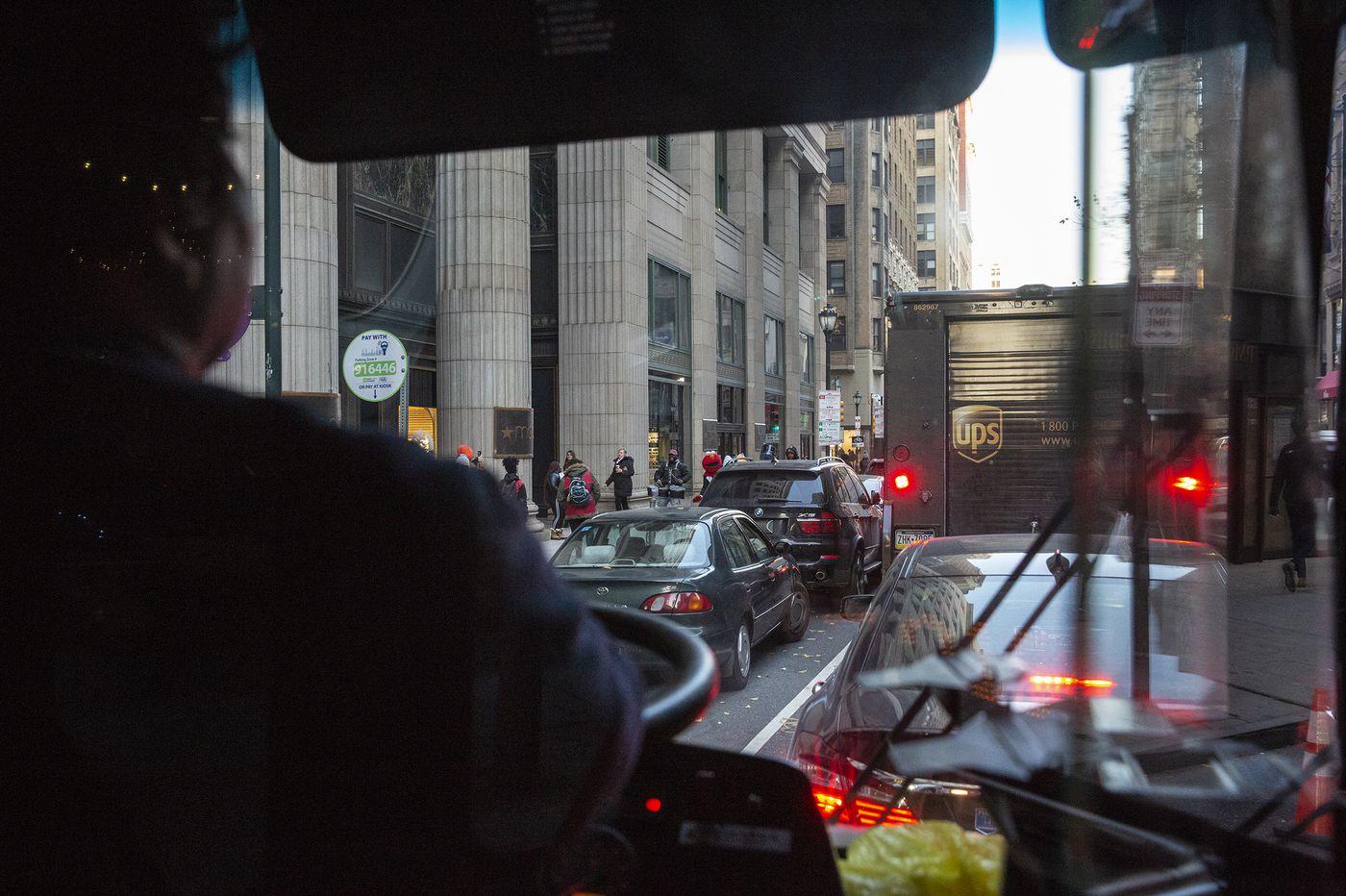 Did Philadelphia make a terrible mistake getting rid of the Chestnut Street Transitway?   Inga Saffron