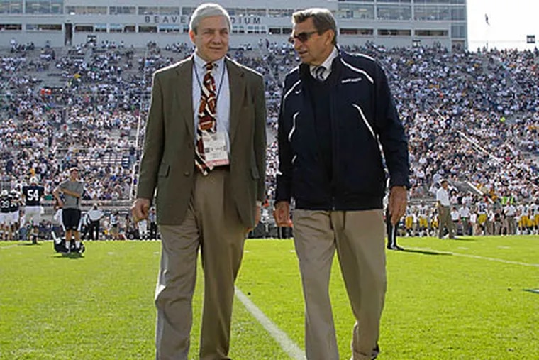 Penn State president Graham Spanier (left) and football coach Joe Paterno (right) have been fired. (Gene J. Puskar/AP file photo)