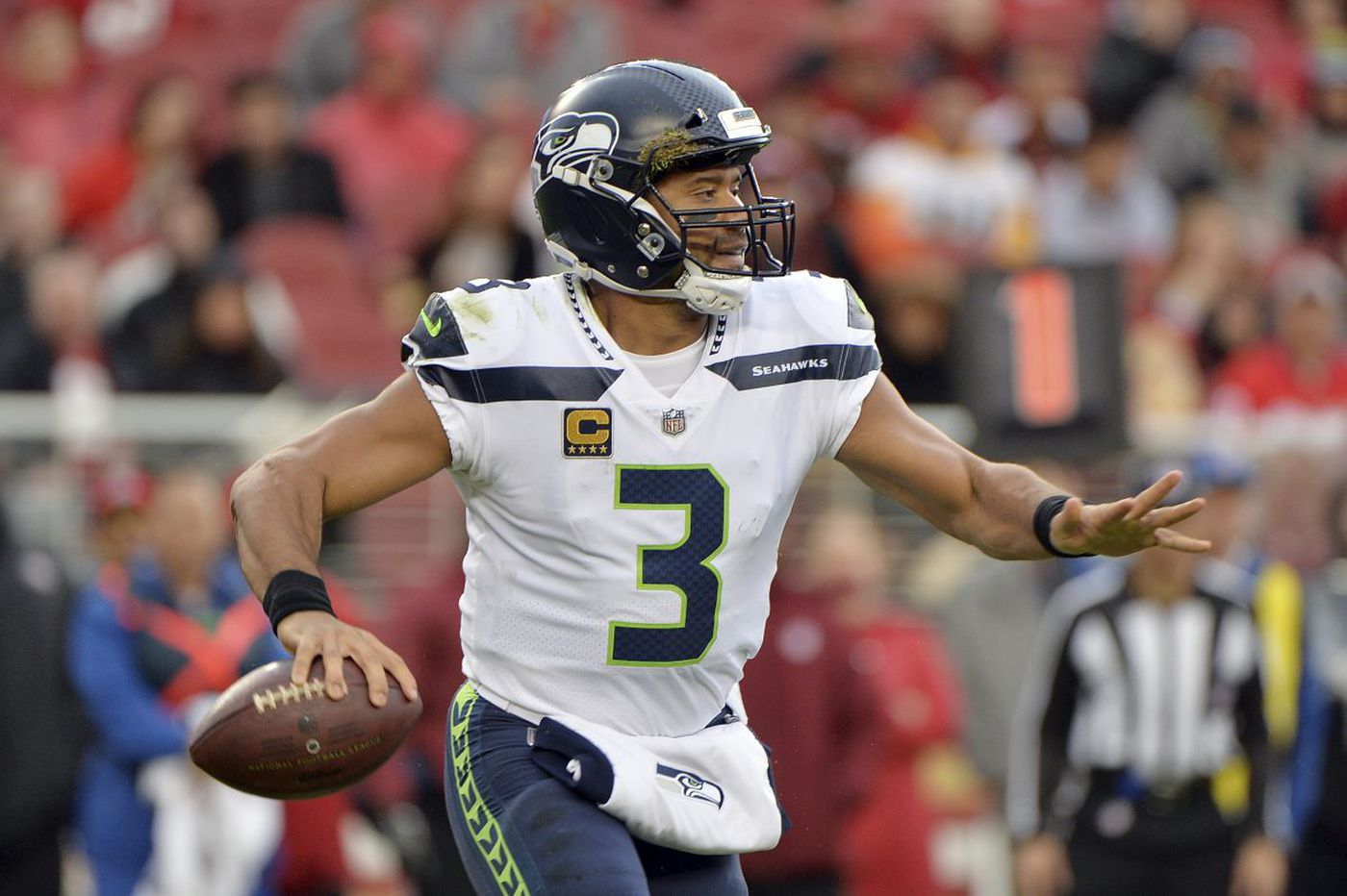 Eagles-Seahawks matchup pits fast-starting offense against strong-finishing Russell Wilson
