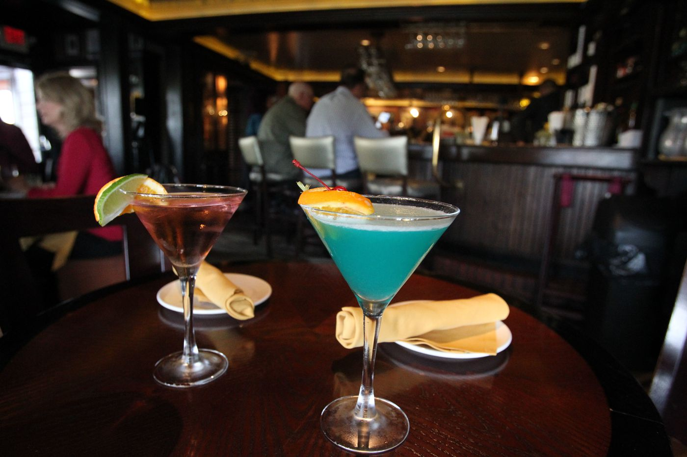 Hover aggressively: A survival guide to ladies' night at the Yardley Inn
