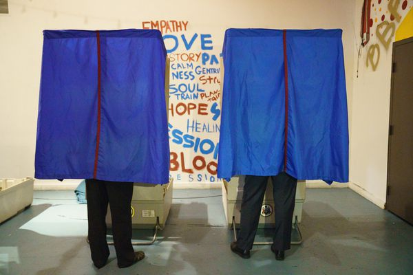 The most crowded field in 40 years for Philadelphia primary, but did voters crowd the polls?